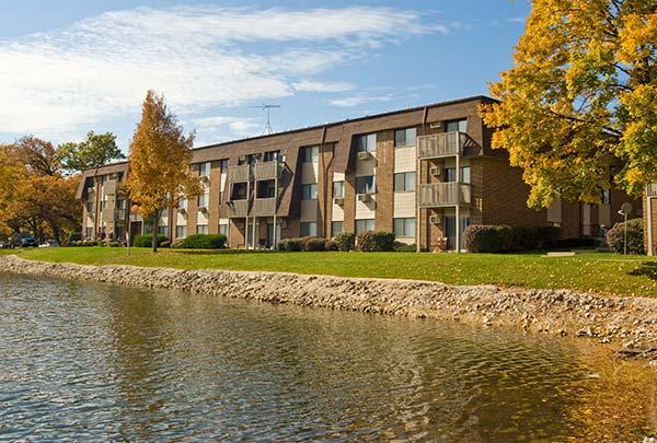 310 IL-59, Fox Lake, Illinois 60020, ,Apartment,For Rent,IL-59,1081