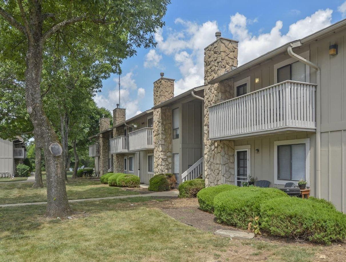 5600 East 84 Terrace, Kansas City, Missouri 64132, ,Apartment,For Rent,1091